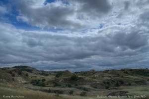 Scenery along the Lewis Creek hike in Theodore Roosevelt National Park